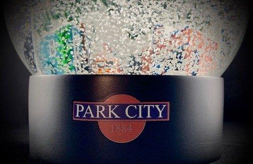 Park-City-Utah-Snow-Globe-2