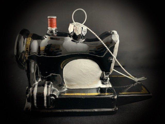 sewing-machine-glass-ornament-2